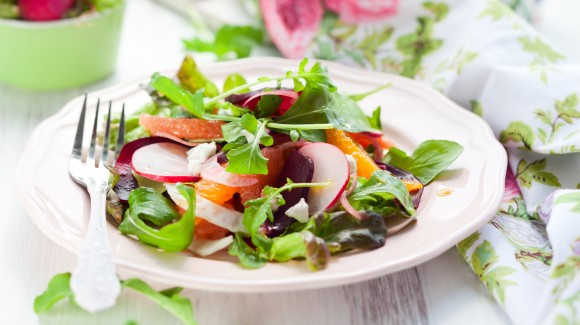 Shaved fennel, grapefruit and radish salad