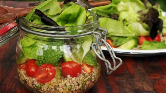 Salada Salanova no potinho