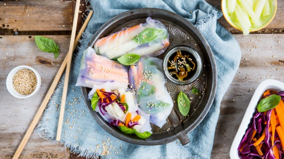 Rice paper rolls with melon