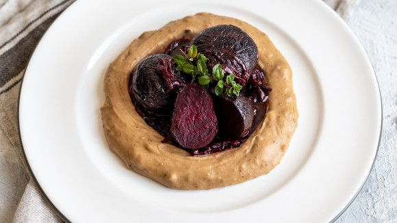 Braised beetroot with red wine onions and chestnut puree