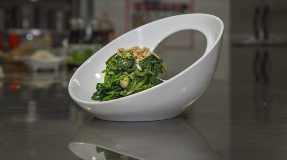 凉拌花生仁菠菜