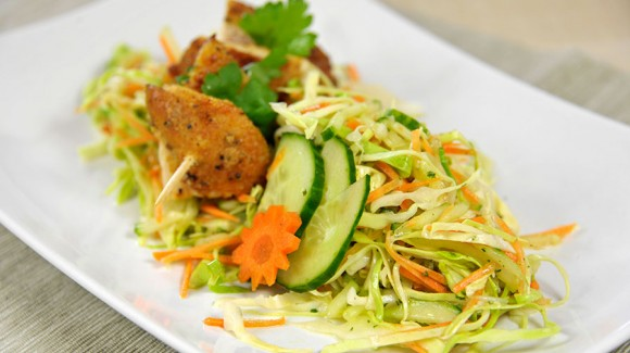 Cabbage salad with marinated lemon chicken