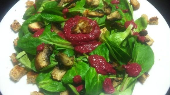 Feldsalat mit Rote Bete-Dressing