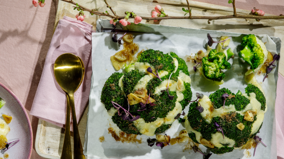 Broccoli hasselback with mozzarella and anchovy oil