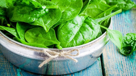 7 ways to get through your day, with the goodness of spinach