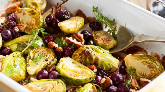 Roasted Brussels sprouts with balsamic, cranberries and pecan nuts