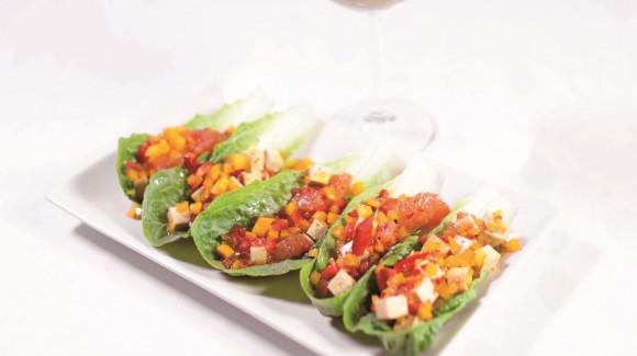 Salat-Schiffchen, gefüllt mit Sweet Palermo®-Salat