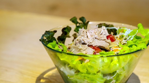 Tuna salad with cos lettuce