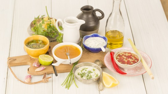 How to make your own salad dressings