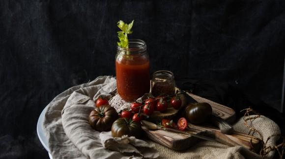 Zumo depurativo de tomate