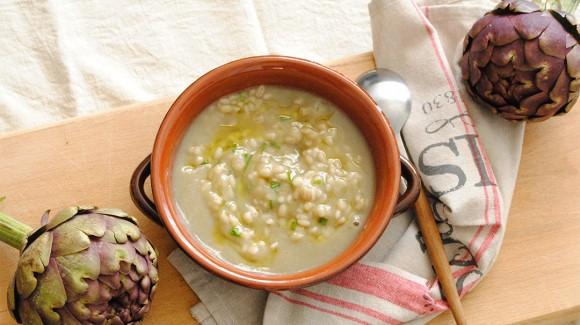 Zuppa di Carciofi e Orzo